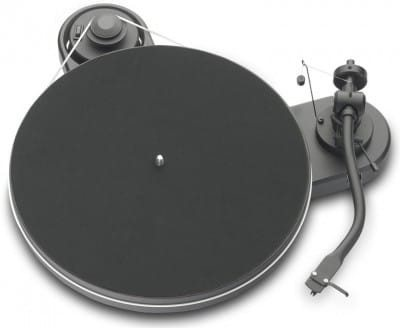 Pro-Ject RPM 1 Carbon/2M Red